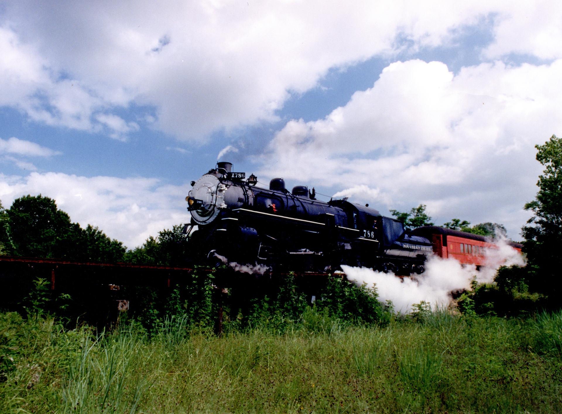 locomotive-slider